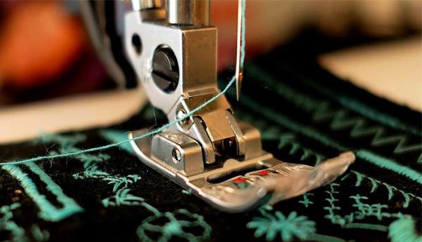 Jay Dee sewing Machine